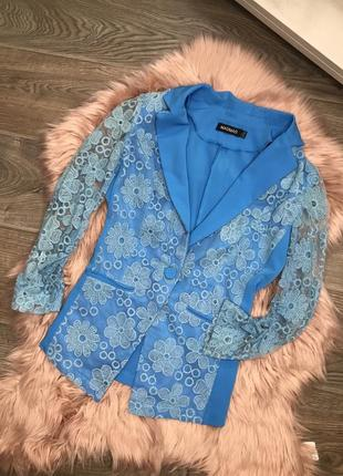 Красивый круженвной ажурный пиджак