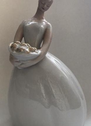 """Статуэтка невеста с букетом - """"дебют"""""""