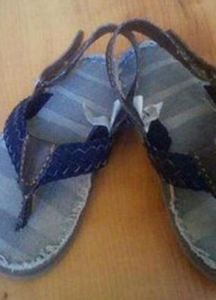 Шлепанцы, босоножки сандали детские на 2-3 годика