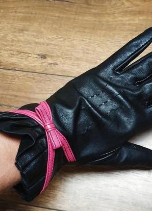 Кожаные черные перчатки.s/m.