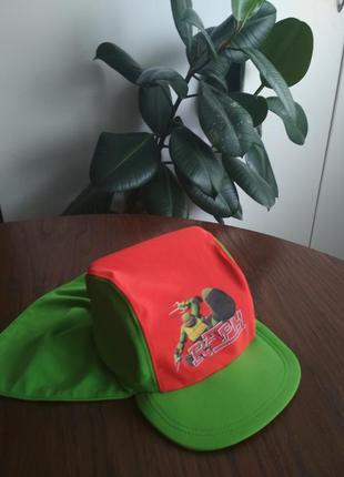 Стильна панама, шляпа, капелюх на море