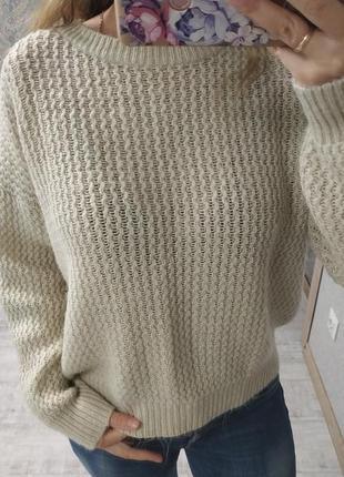 Актуальный тёплый свитер оверсайз