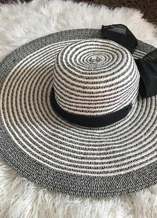 Красивая шляпа шляпка с бантом atm