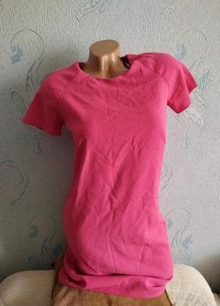 Розовое платье прямое