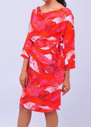 Яркое красное платье escada sport женское миди летнее на лето приталенное