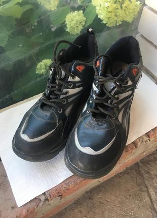 Ролики, ботинки на колёсах