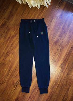 Спортивные женские брюки gucci