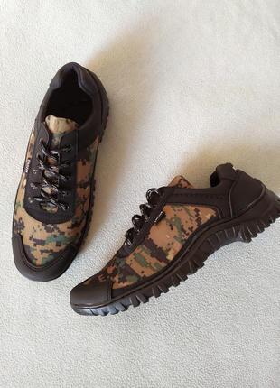 Кросівки/кроссовки/ботинки/камуфляж