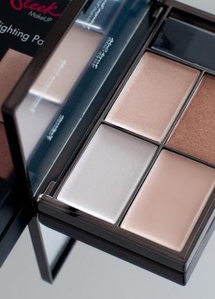 Палетка хайлайтеров sleek makeup highlighting palette