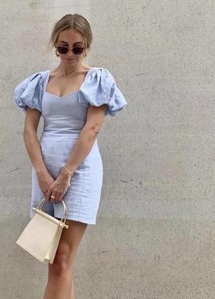 Плаття з рукавами фонариками