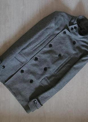 Продается нереально крутое мужское полушерстяное  пальто от h&m