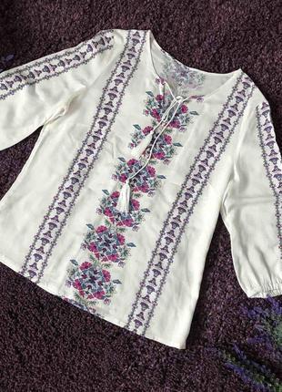 Красивая блузка по вышиванку на размер м