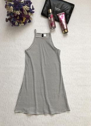 Пляжное платье в рубчик в полоску