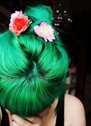 Apple green. яскрава фарба від la riche directions / яркая веганская краска
