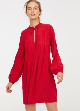 Короткое платье из вискозы h&m 0713032 s 36