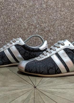 Жіночі кросівки calvin klein