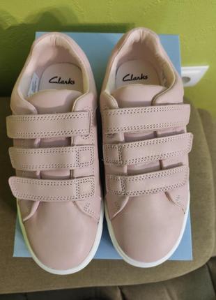 Clarks кожаные кроссовки.