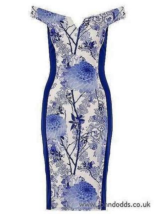 Новое платье по фигуре с цветочным🍀🌷принтом со спущенными плечами👗