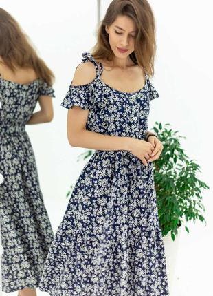 Льняное платье в цветочный принт