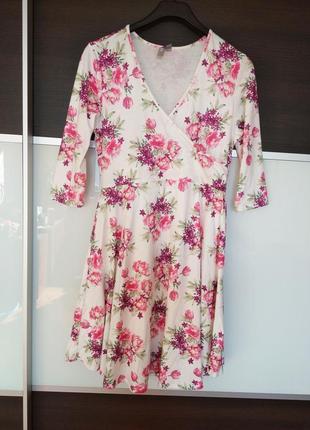 Классное летнее платье в цветочный принт asos