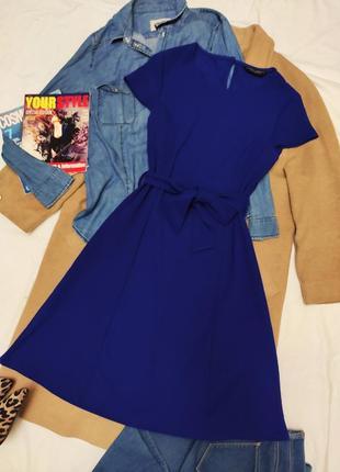 Синее эластичное платье электрик с поясом dorothy perkins