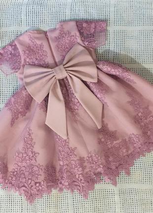 Платье на годик,нарядное платье
