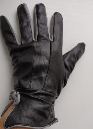 Черные кожаные перчатки coopers