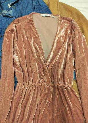 Розовое пудровое платье халат рубашка велюровое с запахом &other stories6 фото