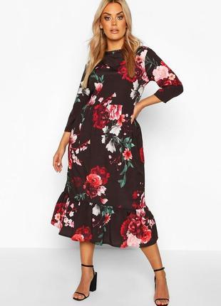 Платье чёрное в цветочный принт белое красное миди с воланами новое boohoo