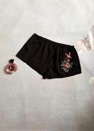 Женские шорты р.m secret possessions