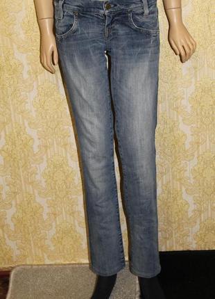Скидка! красивые качественные джинсы lee