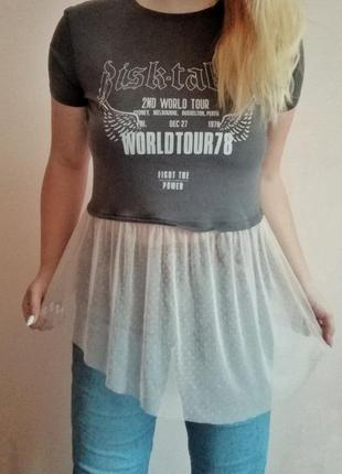 Женственная футболка