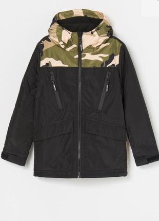 Деми куртка reserved