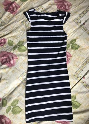 Платье в полоску2 фото