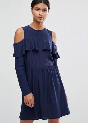 Роскошное платье asos collections