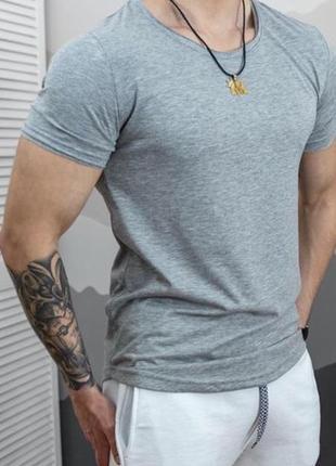 Мужская базовая футболка colin's