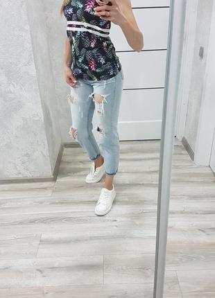 Мом очень крутые настощие джинсы mom с завышеной талией