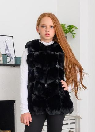 Мега крутой  меховый жилет