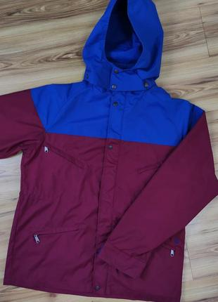 Функциональная куртка volcom