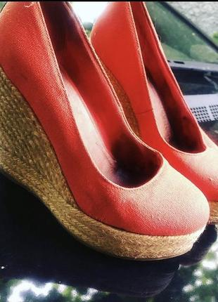 Туфли- еспадрильи на платформе суперовые!!