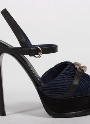 Босоножки yves saint laurent ysl оригинал Yves Saint Laurent, цена ... 77fc24de95c