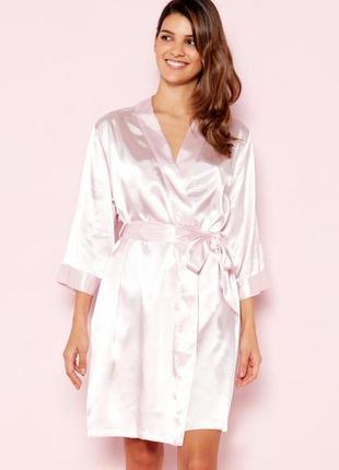 Бомбезный атласный нюдовый халат team bride