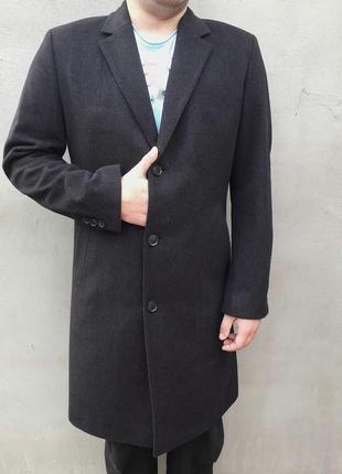 Кашемірове пальто hugo boss за ціною пальта з zara