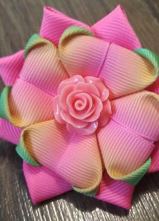 Бантик - цветок из репсовых лент