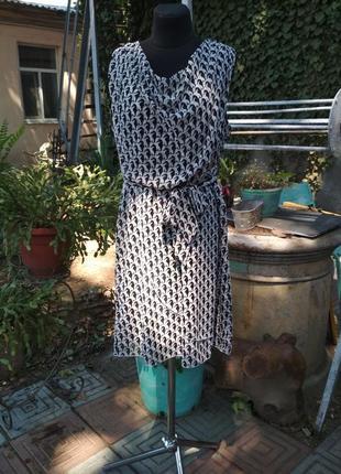 Платье. офис. из искусственного шифона
