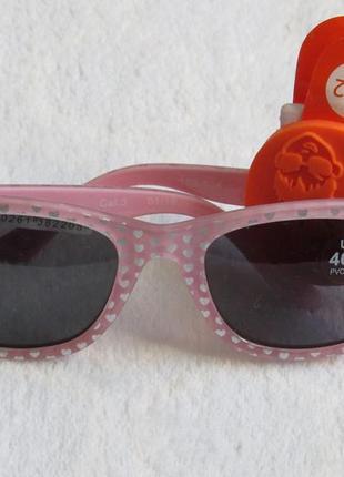 Очки солнцезащитные на девочку от c&a новые