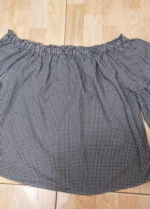 Красивая блуза с открытыми плечами от george