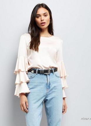 Блузка с оборками new look