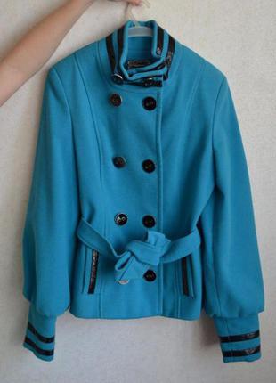 Продам голубое кашемировое пальто в хорошем состоянии