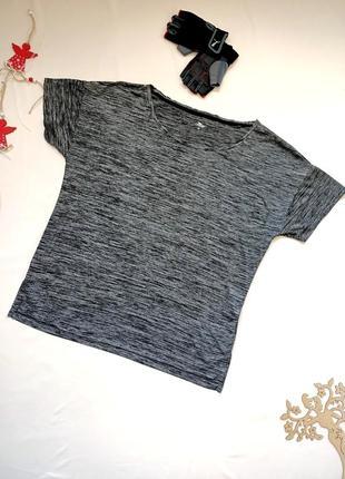 Спортивная футболка свободного кроя, размер usa 44 / ukr 50 / xxl